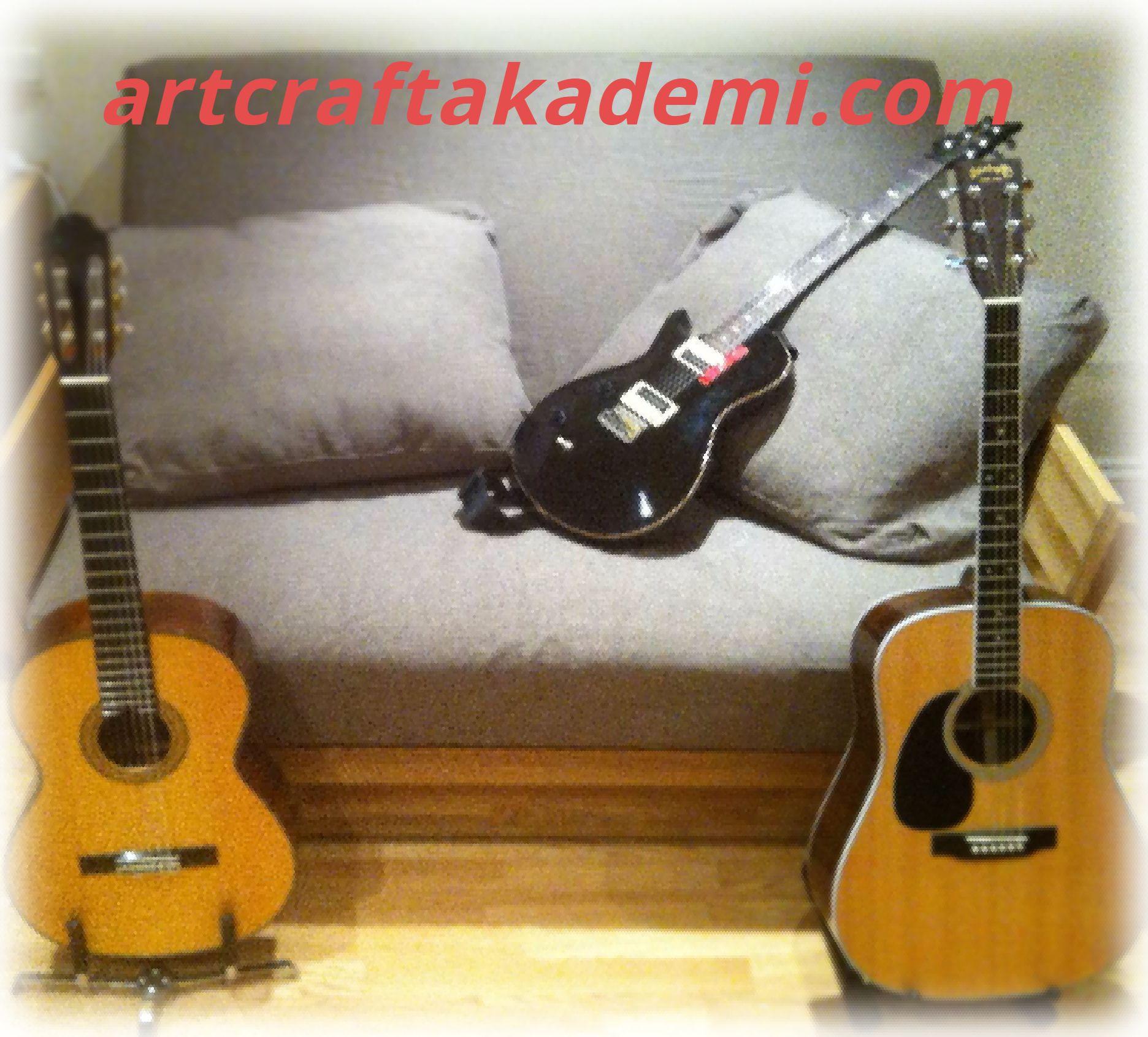elektro gitar ve klasik gitar